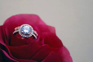 We Sell Diamond Rings